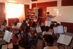 foto2-alumnos-integrantes-orquesta-juvenil-del-colegio-cordillera